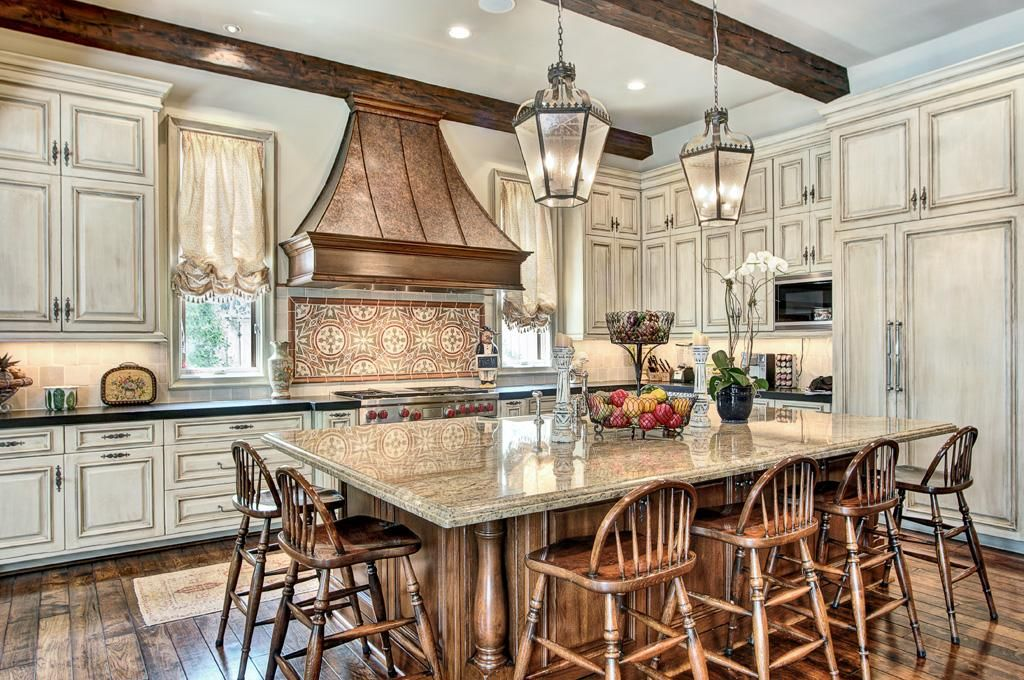Kitchen with huge island with seating for at least 6 48 - Kitchen island designs with seating for 6 ...