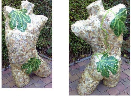 Styropor lingerietorso gemozaiekt met schelp en glasmozaiek.. Mozaiek