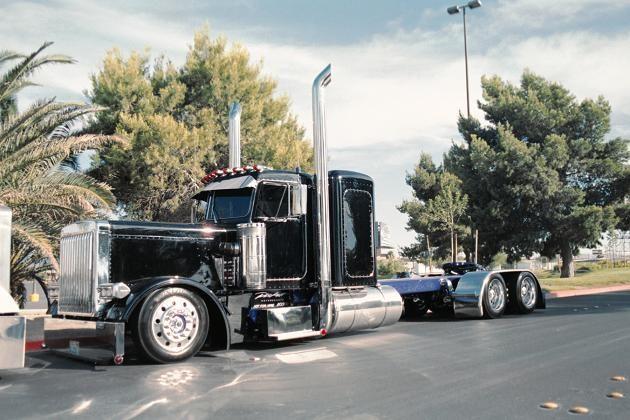 Cool Semi Trucks Re Badass Semi Truck Big Trucks Trucks Big