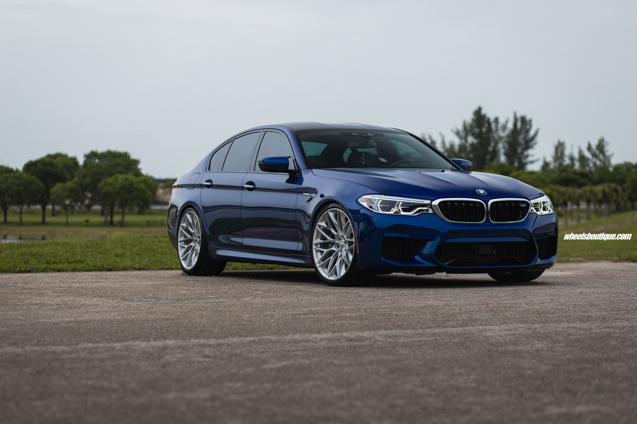 Photoshoot Marina Bay Blue Bmw F90 M5 With Hre Wheels Bmw