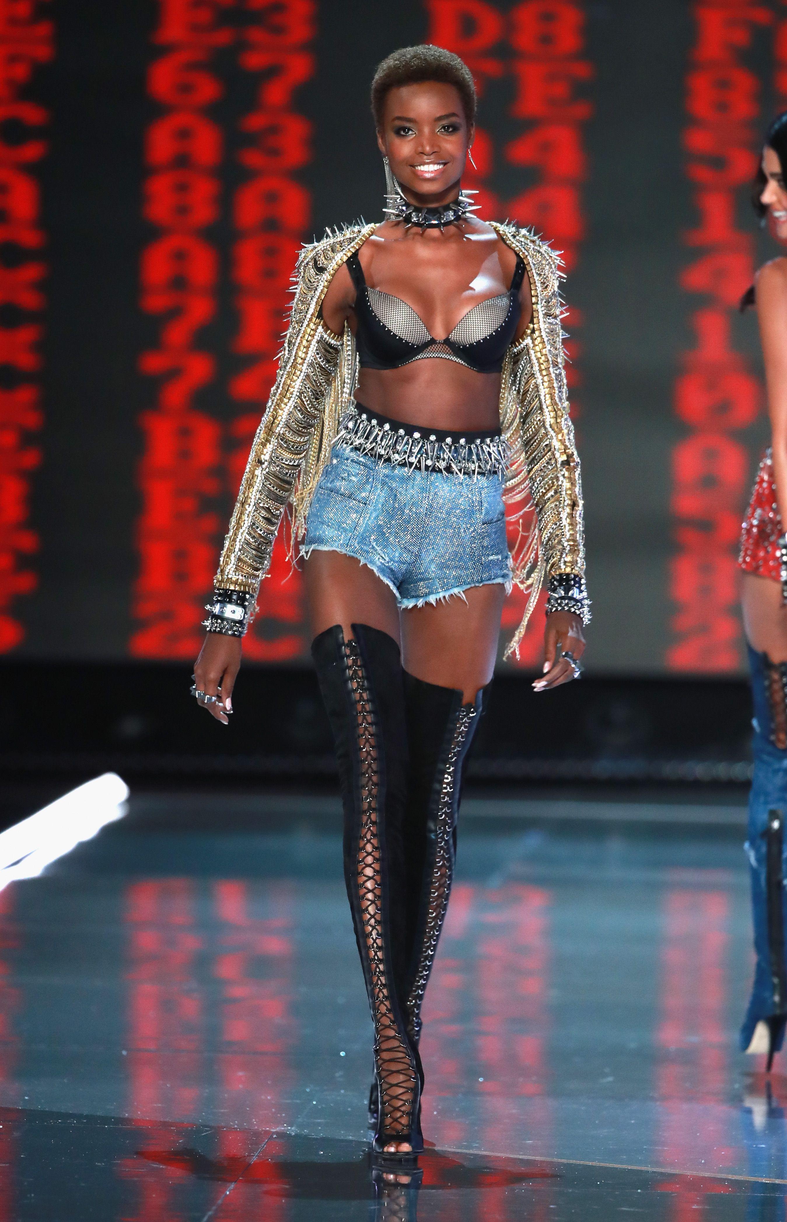 10b82facc57 Maria Borges walks the runway in Balmain x Victoria S Secret ...