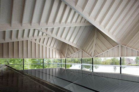 Alfriston Swimming Pool, Beaconsfield - Winner of the Wood Awards 2014 Structural Category