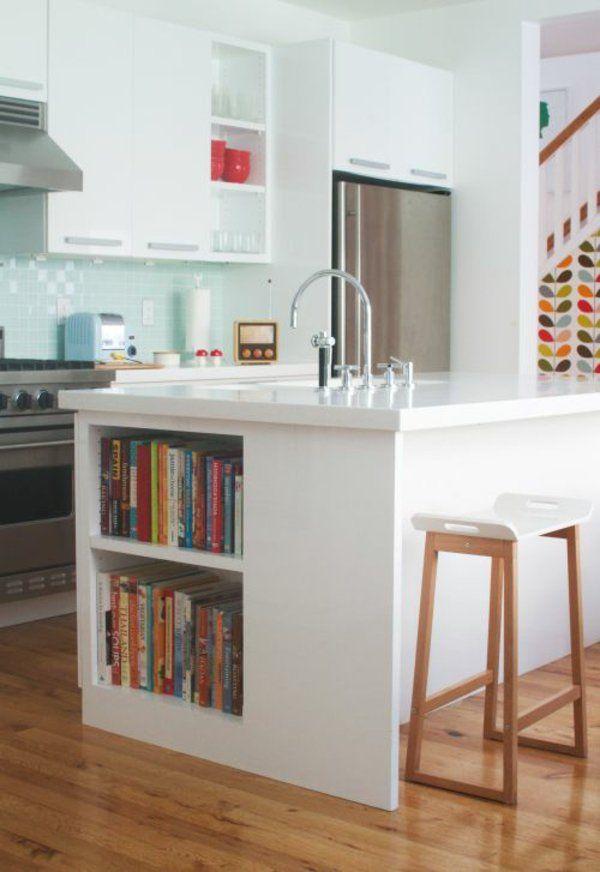 moderne küche in grau und weiß mit großer kochinsel und tresen, Moderne deko
