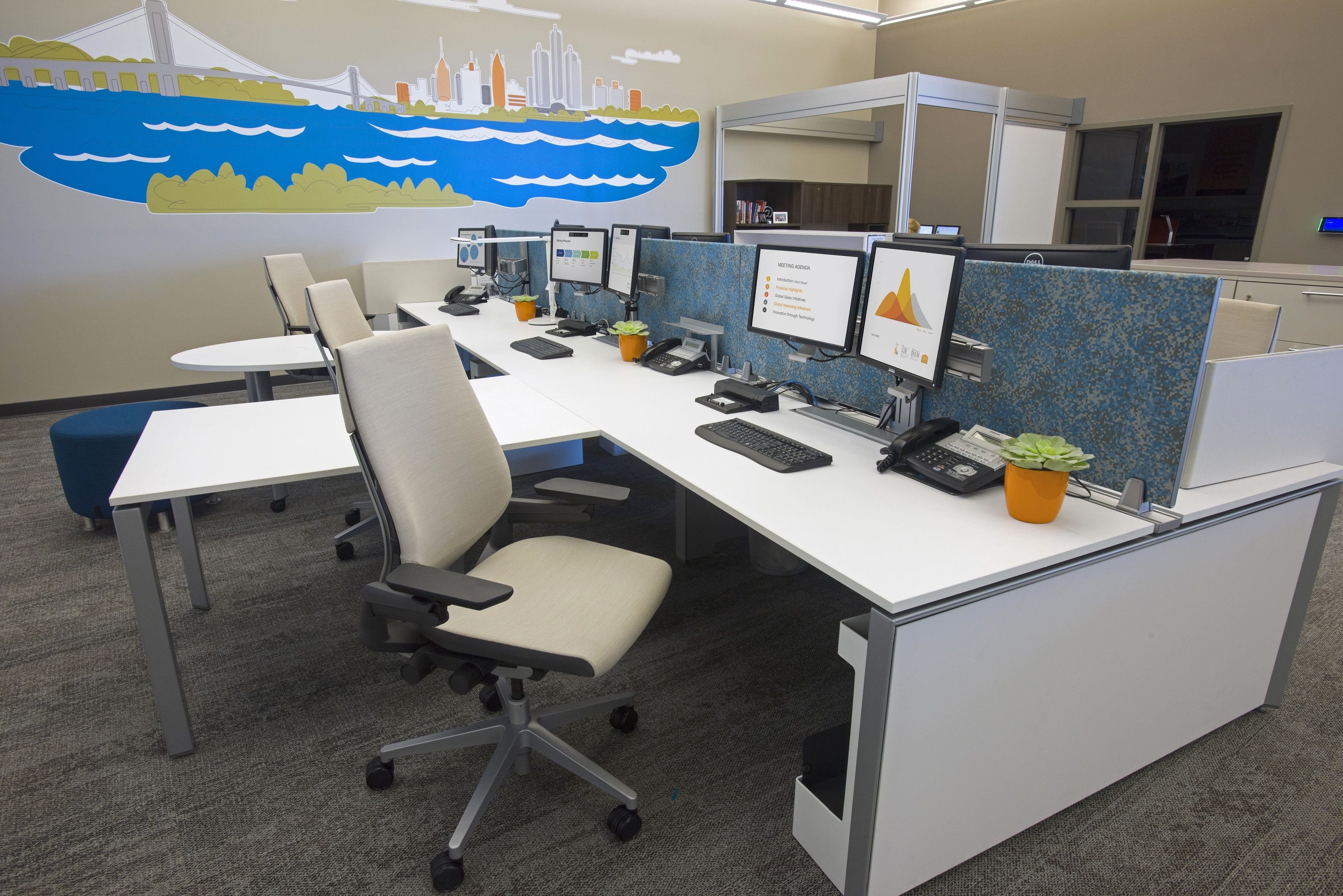 Steelcase gesture chair front - Benching Is The New Normal For Mobile Workers Offering Team Building And Optimizes Real Estate
