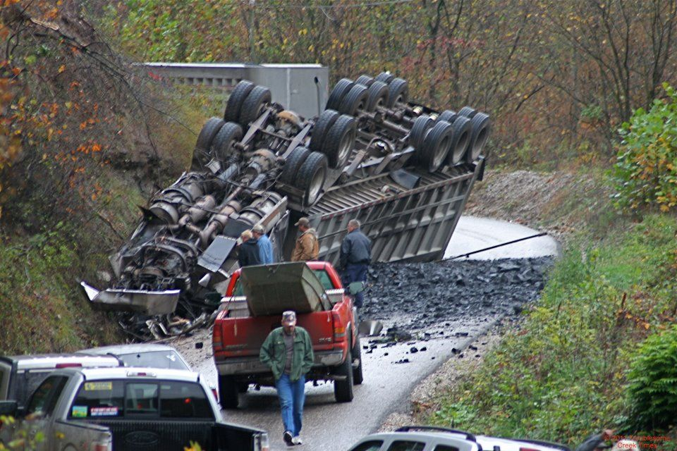 coal truck wreck in Knott County, KY | Knott County, Kentucky | Coal