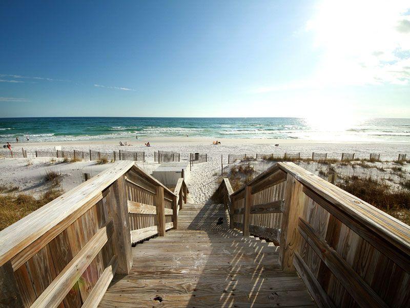 Dunes Of Crystal Beach Destin Florida Condo Rentals By Southern Florida Condo Rentals Beach Destin