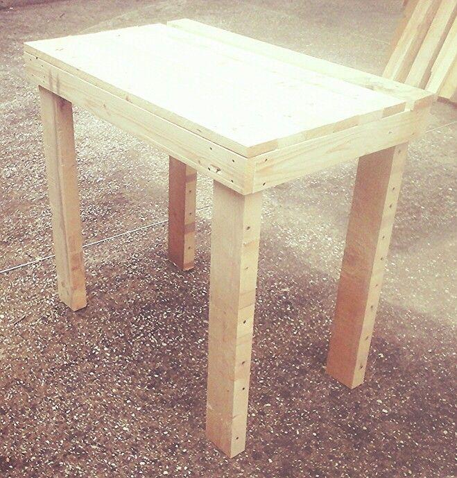Tavolo 90x50 Altezza 80 Fatto Artigianalmente Con I Pallet Creato Da Pallet Arredo Padova Wood Projects Wood Decor