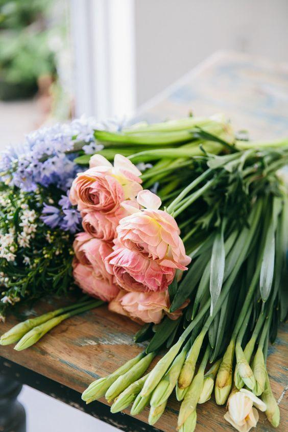 The Florist Spring Floral Arrangements Vintage Garden Decor Pretty Flowers