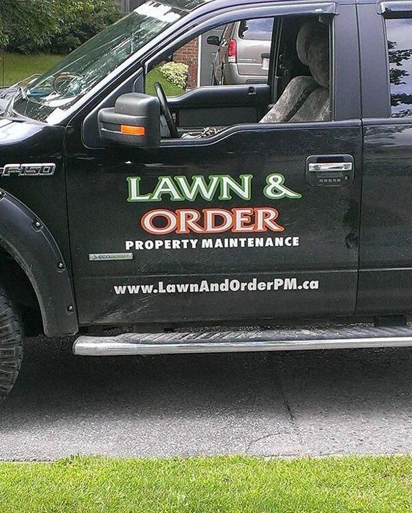 18 Hilarious Business Names