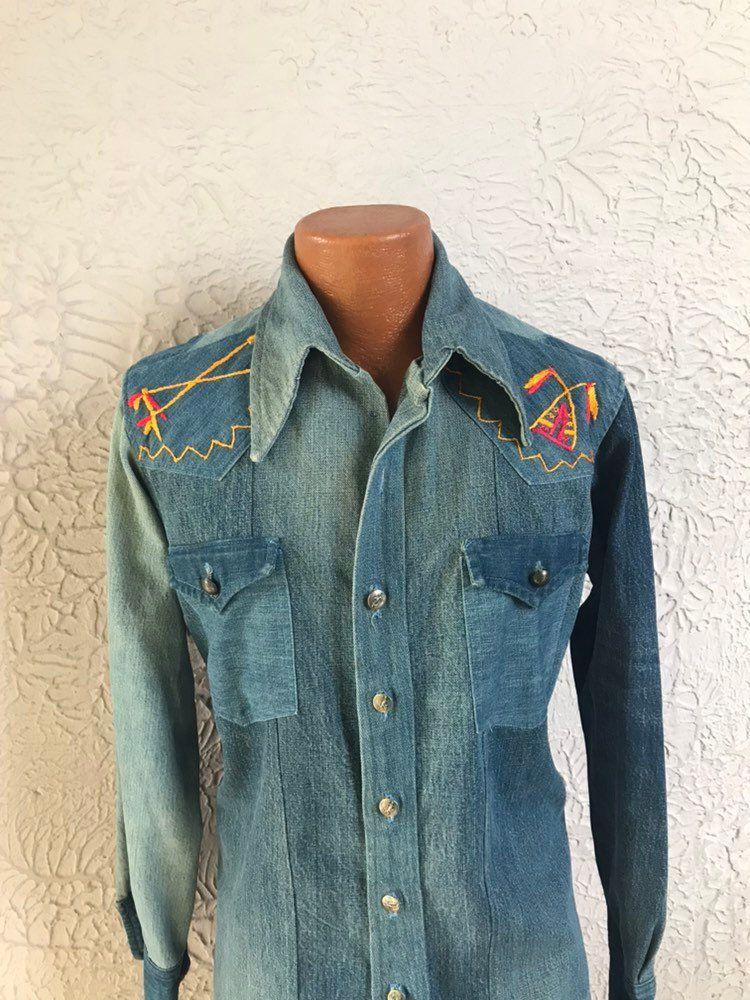 Vintage 80/'s ** Embroidered ** Pockets ** Button Front ** Denim ** Jacket ** Coat ** SM ** On Trend