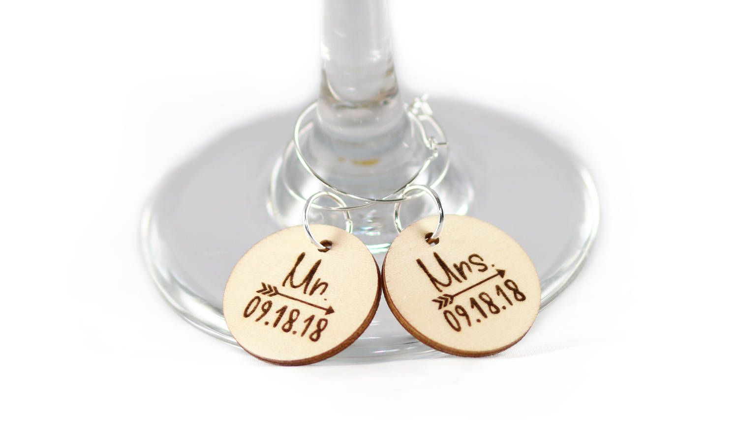 Mr. & Mrs. Wine Glass Charms, Wood slice charm, Rustic Wedding ...