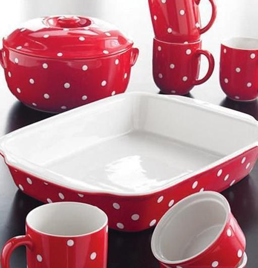 polka dot red and white dinnerware set & 50 Canada Day Table Decorations Centerpieces and Summer Party Ideas ...