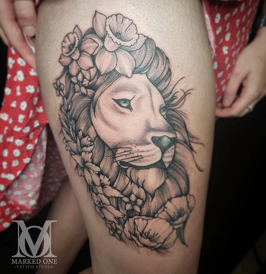 Whip Shading Stipple Shading Big Lion Thigh Tattoo By Katie James Of Marked One Tattoo Tattoos Body Art Tattoos Poppies Tattoo