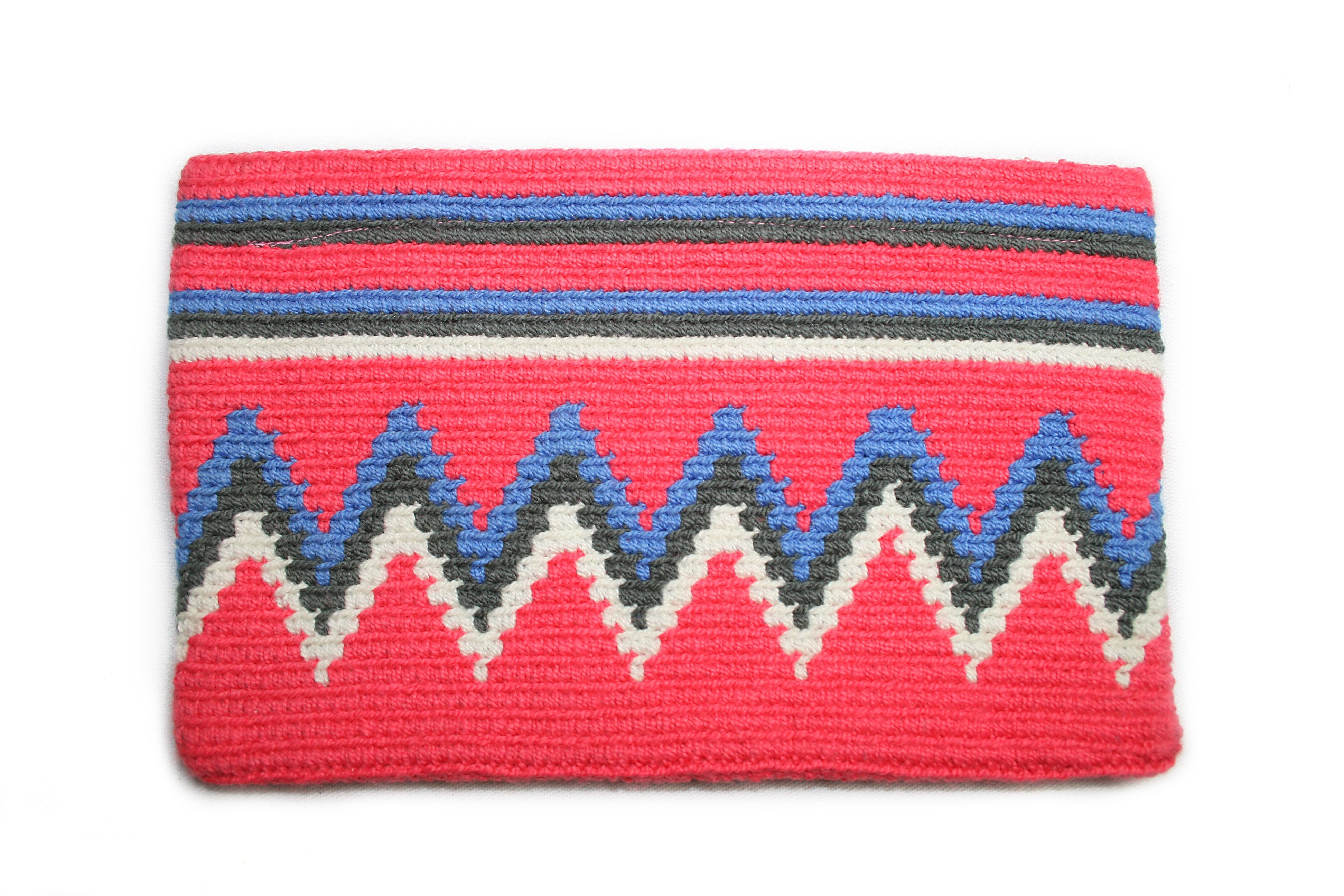 Beautiful pockets made by the wayuu tribes.