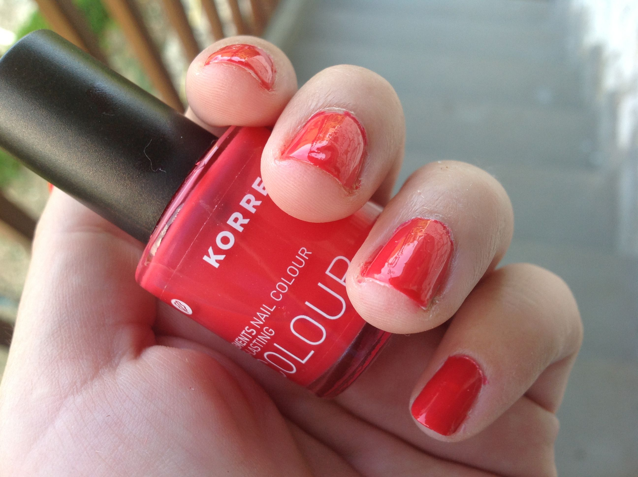 Korres Nail Colour in coral pink!!! <3