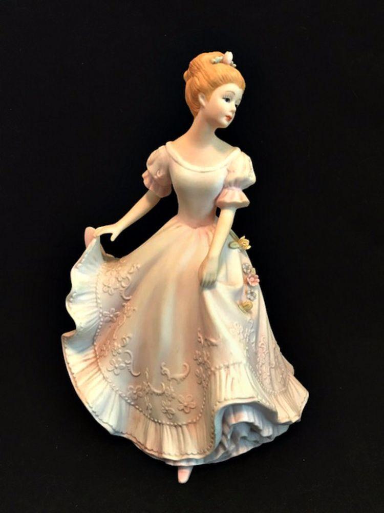 Home Interiors Figurine Lady Caroline 1993 Masterpiece Porcelain