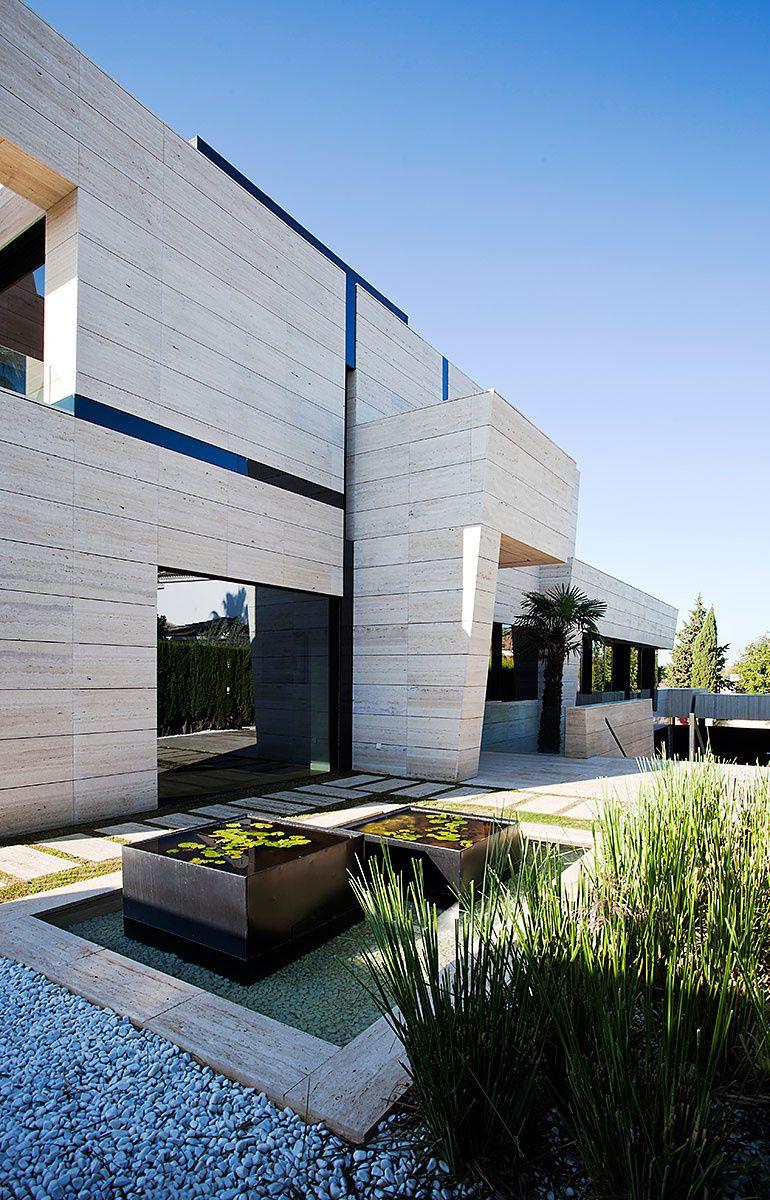Casa en sevilla espa a casas espectaculares pinterest casas arquitectura y fachadas - Casas espectaculares en espana ...