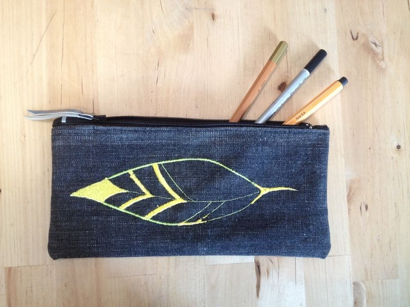 Embroidery Pencil case from Bonito Fracaso by DaWanda.com
