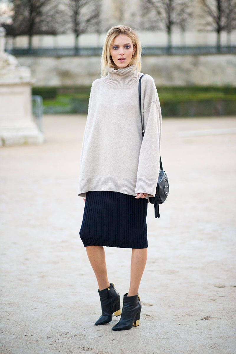 just not over that knitty combo. #AnjaRubik #offduty in Paris.