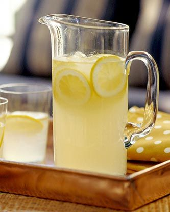 Refreshing Lemonade ♥ https://www.facebook.com/photo.php?fbid=441708115863858=a.433716776662992.105063.433432190024784=1=1