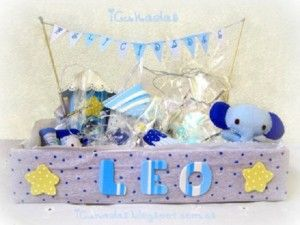 10 Manualidades Para Regalar A Un Recién Nacido Baby Shower Wedding Events Womens Luggage