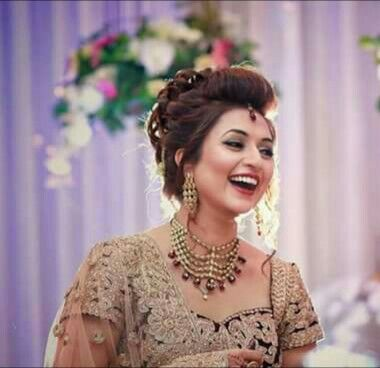 Divyanka Tripathi S Reception Pic Indian Wedding Celebrity Weddings Bride Style