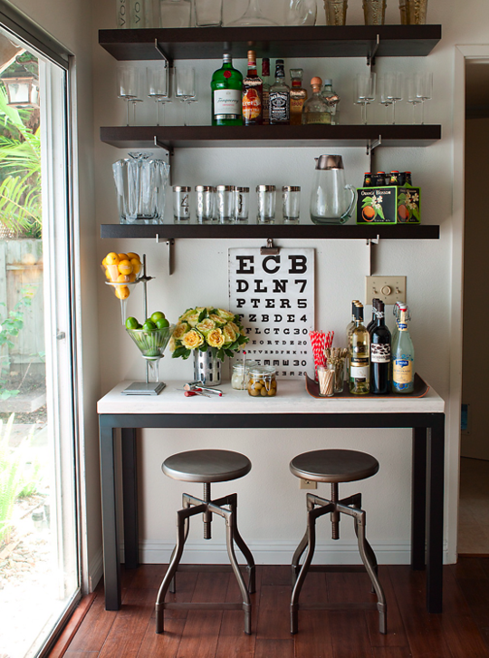 12 Ways to Store & Display Your Home Bar | Store displays, Display ...