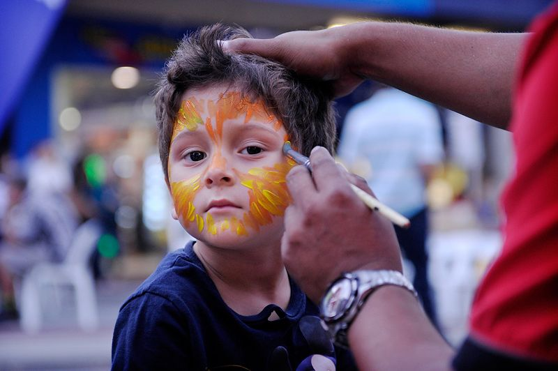 Face painting at the Subiaco Street Festival.