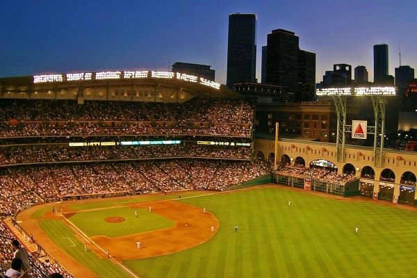 Astros Stadium >> Here S How Much It Costs To Live Near The Houston Astros