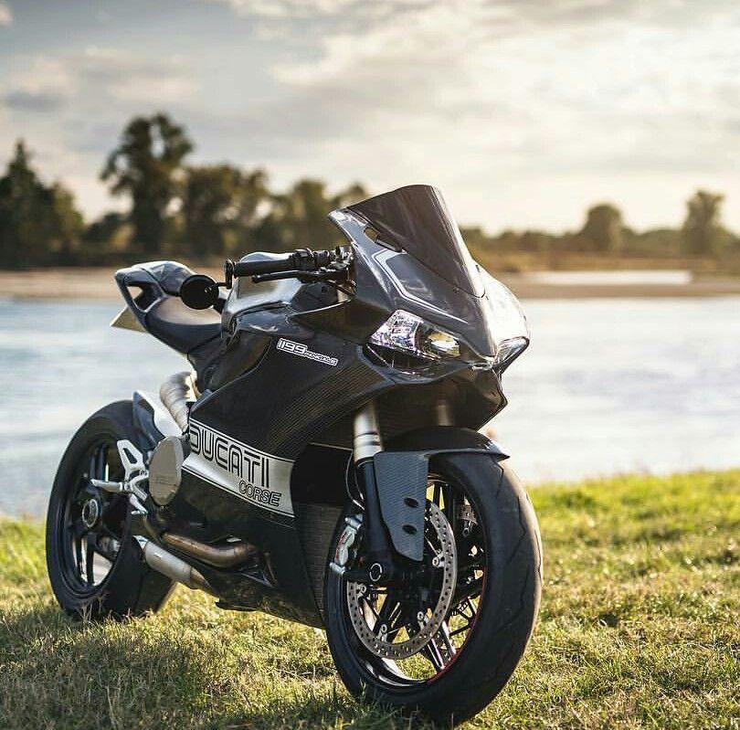 Ducati 1199 Panigale S Trust Me I'm A Biker Please Like Page on Facebook: https://www.facebook.com/pg/trustmeiamabiker Follow On pinterest: https://www.pinterest.com/trustmeimabiker/