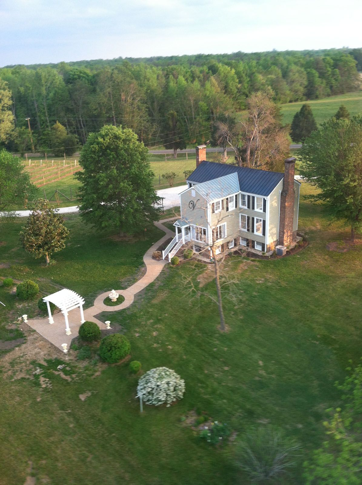 The Vintager Inn Bed & Breakfast at New Kent Winery, (804