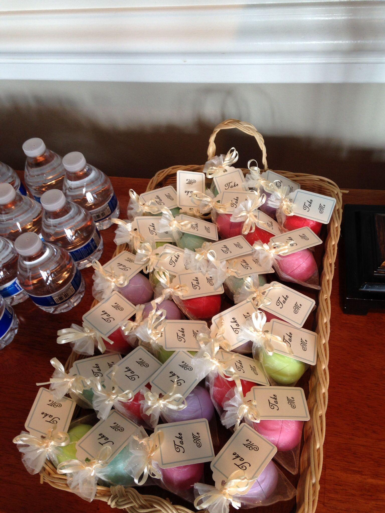 Wonderland shower favors: EOS lip balm with
