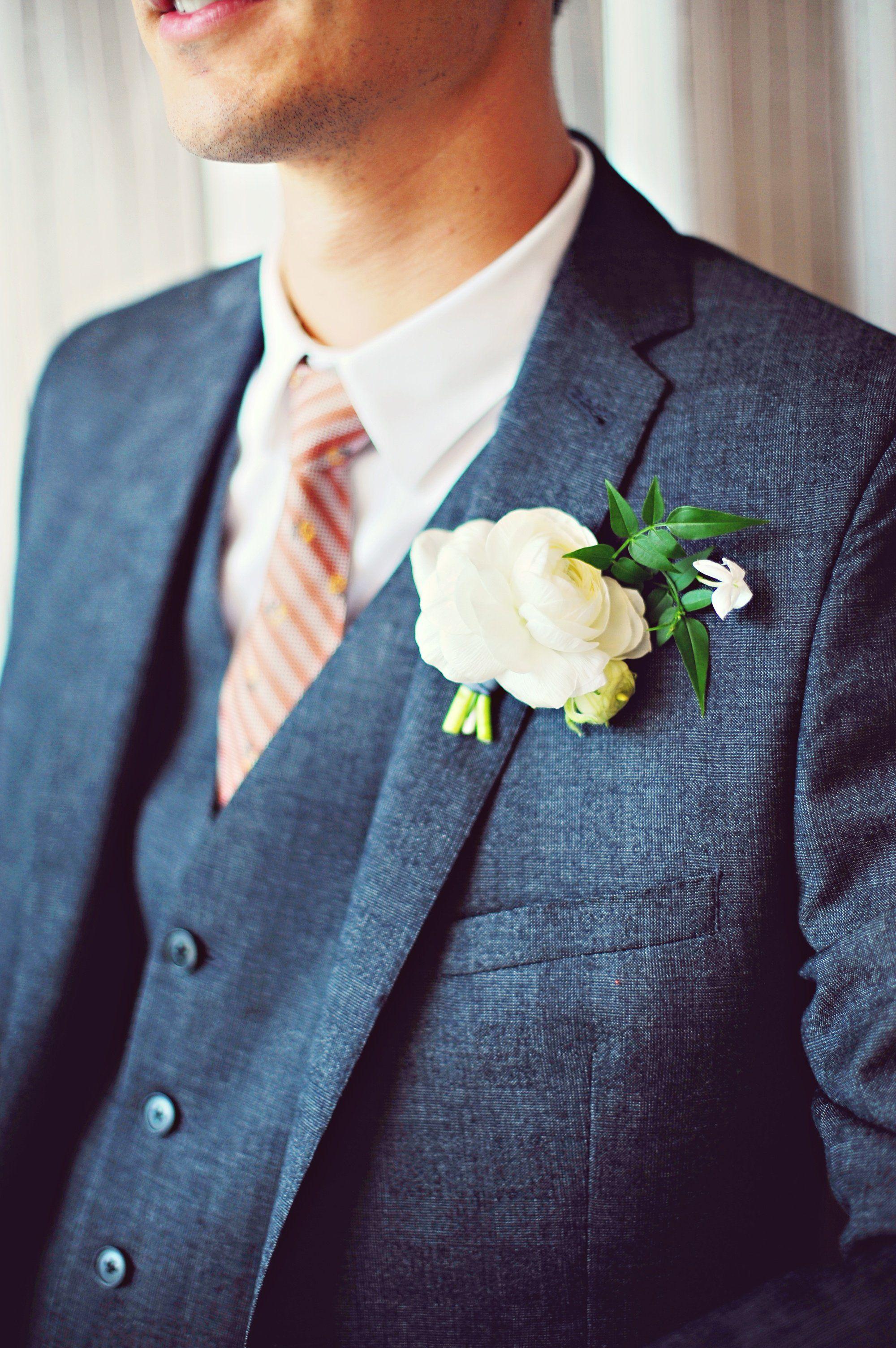White Peony Boutonniere | Wedding time | Pinterest | Peony ...
