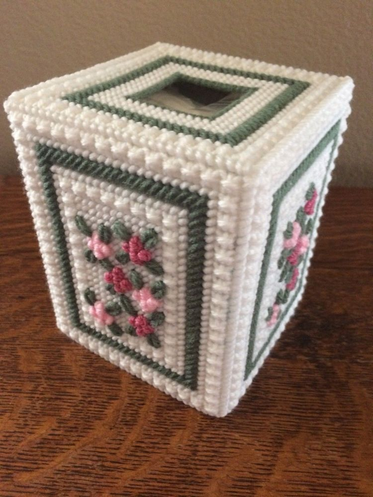 Handmade Needlepoint Plastic Canvas Tissue Box Cover Floral