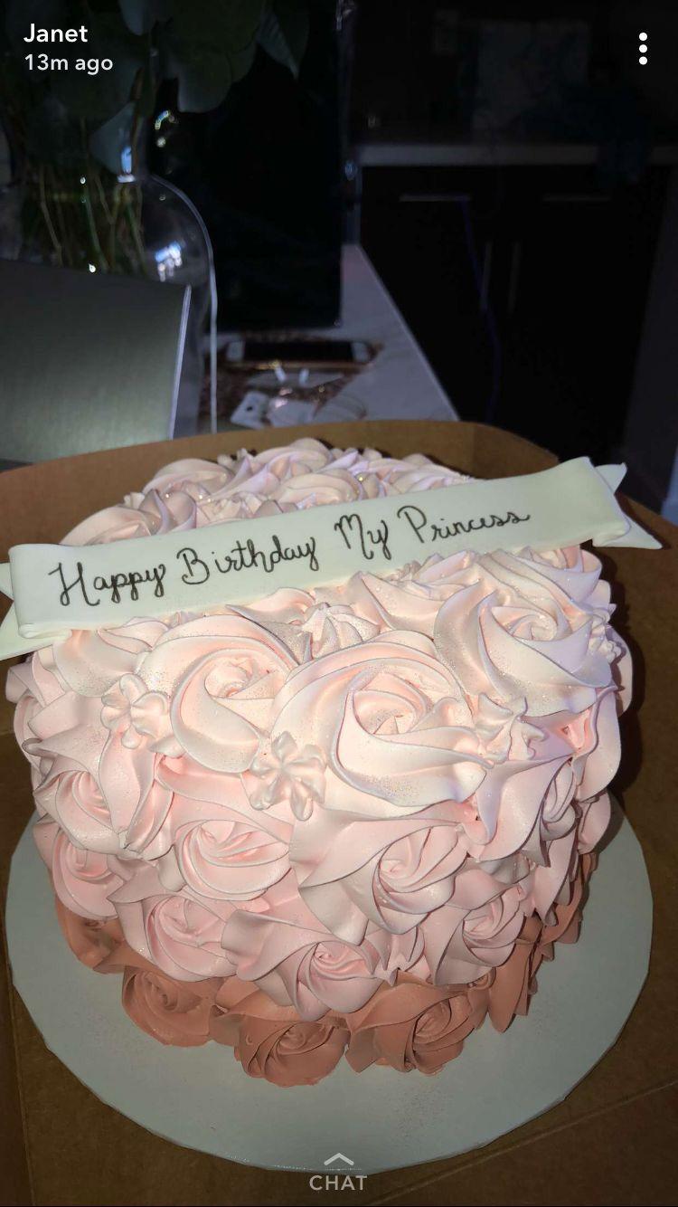 Pin By Izzy On Cake 17 Birthday Cake 17th Birthday Birthday
