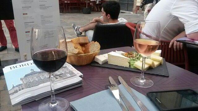 Quesos y vinos de Burdeos