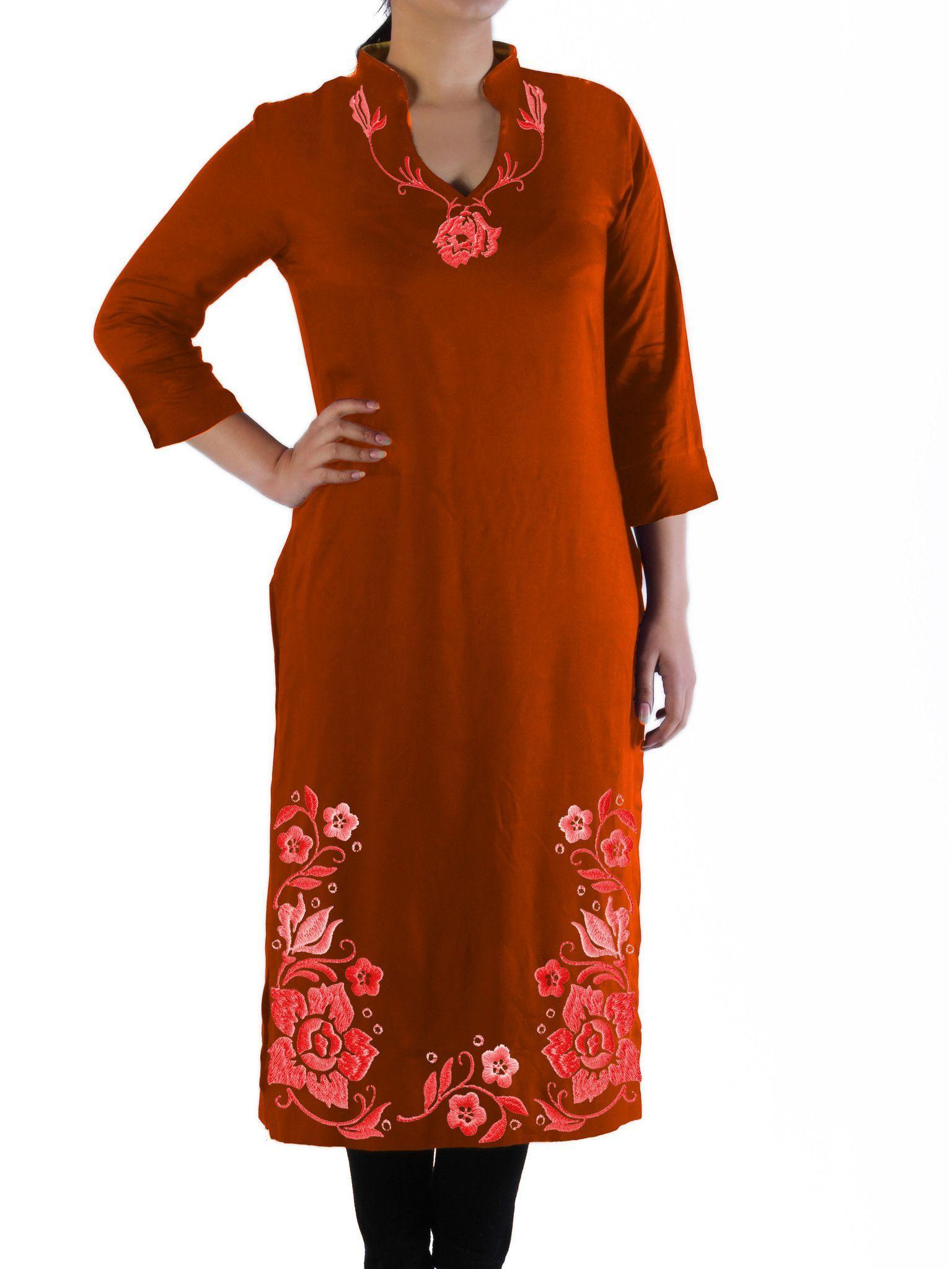Ladiesu long kurti tunic with floral rose embroidered hem