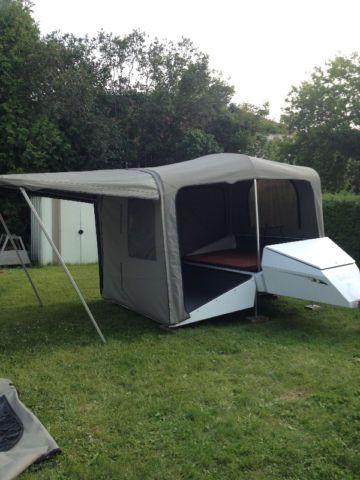 tente roulotte pour moto ou petite auto vr sherbrooke kijiji trailer tent pinterest. Black Bedroom Furniture Sets. Home Design Ideas