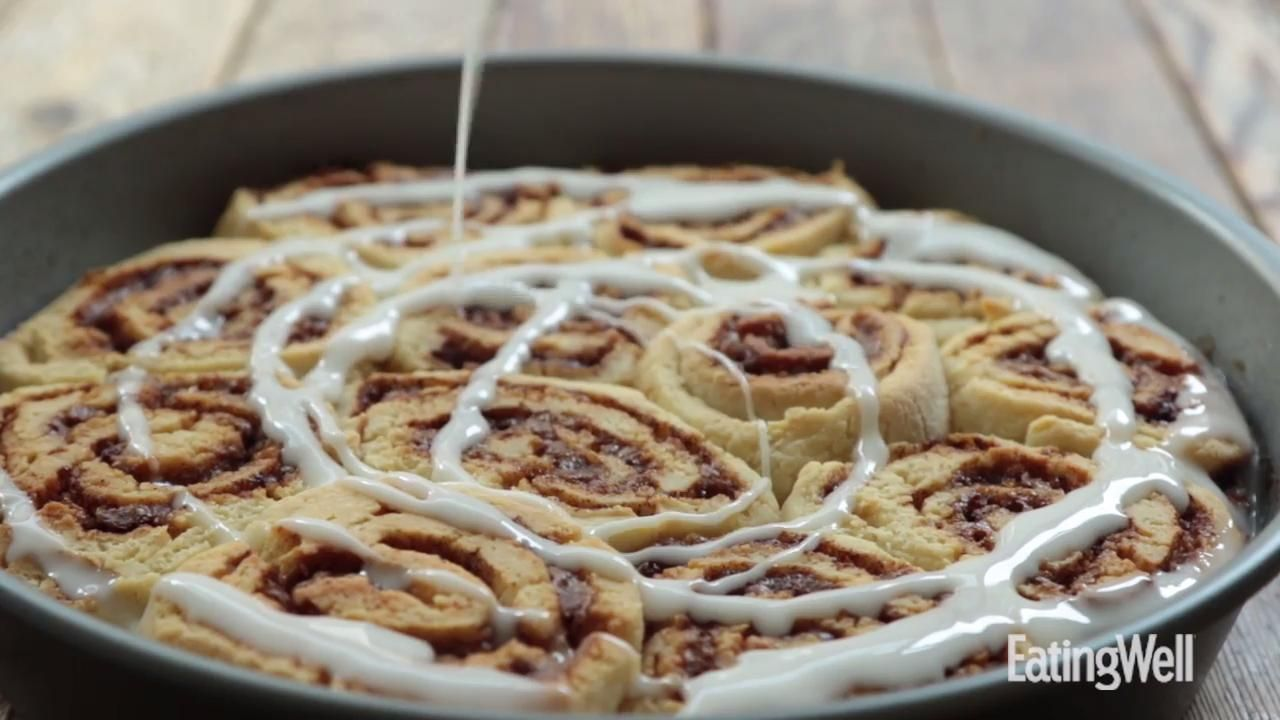 You D Never Know These Gooey Cinnamon Rolls Are Gluten Free Gluten Free Cinnamon Rolls Recipes Cinnamon Rolls