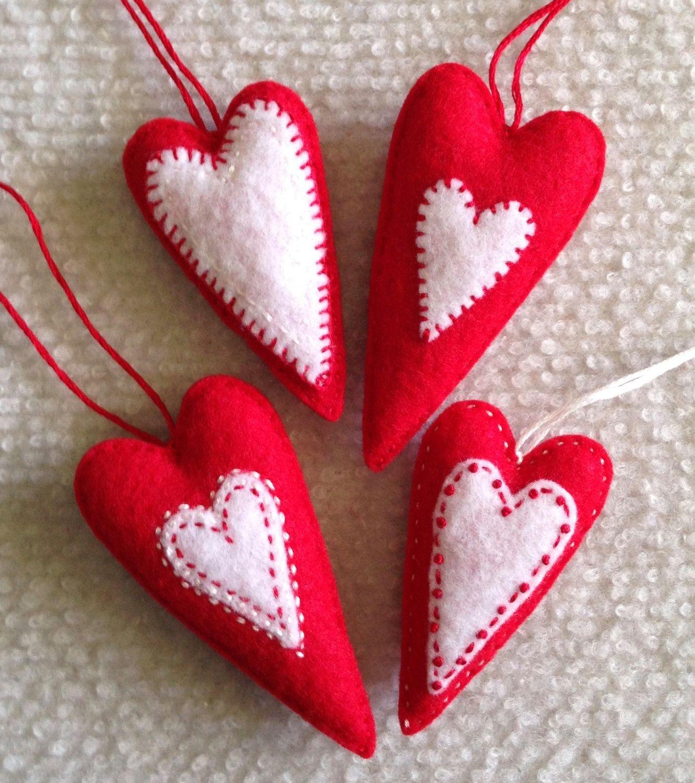 Christmas Heart Ornaments Red And White Felt Hearts Set Of Etsy Christmas Hearts Heart Ornament Felt Hearts