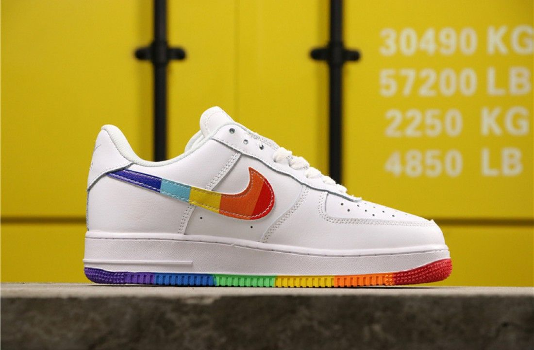 nike pride chaussures