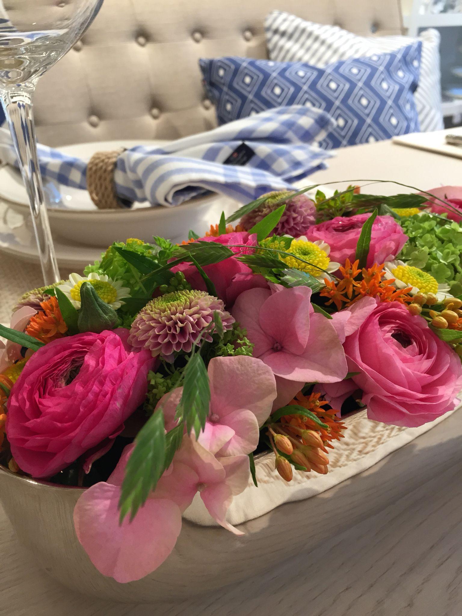 Table arrangement at Lene Interior