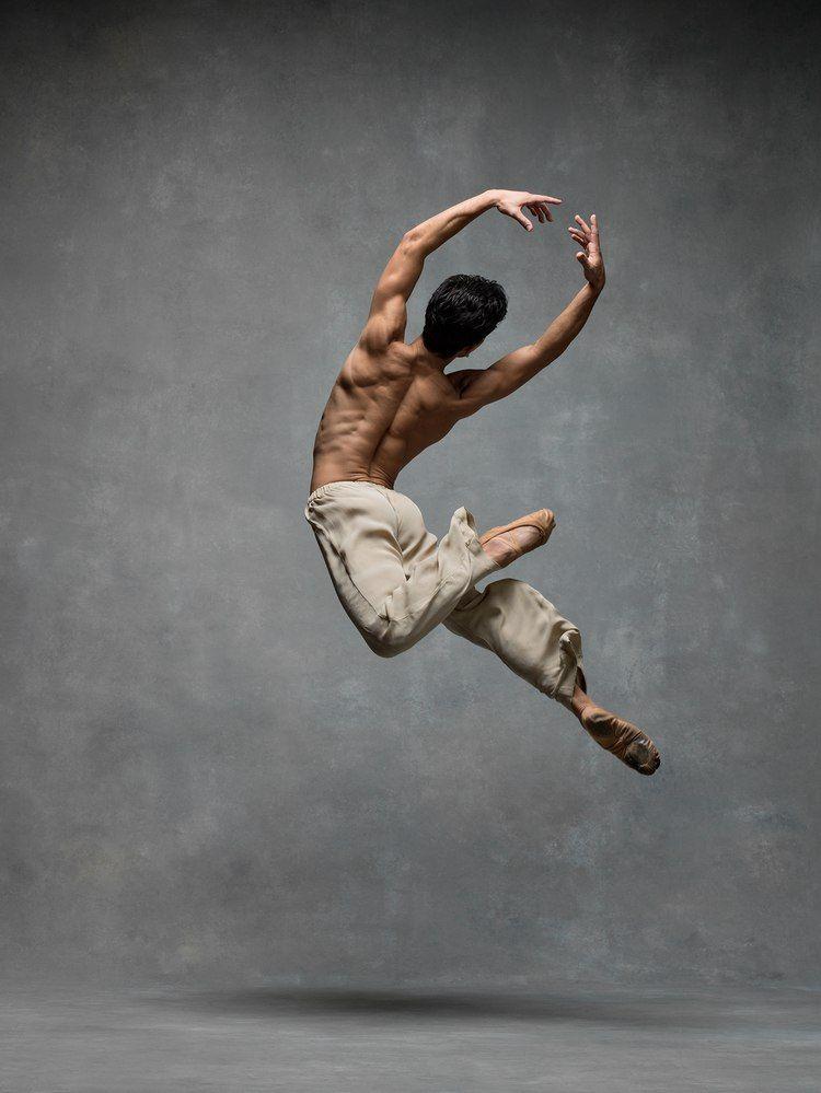 Новости в 2019 г.   Танцевальные позы, Танцы и Танцоры балета