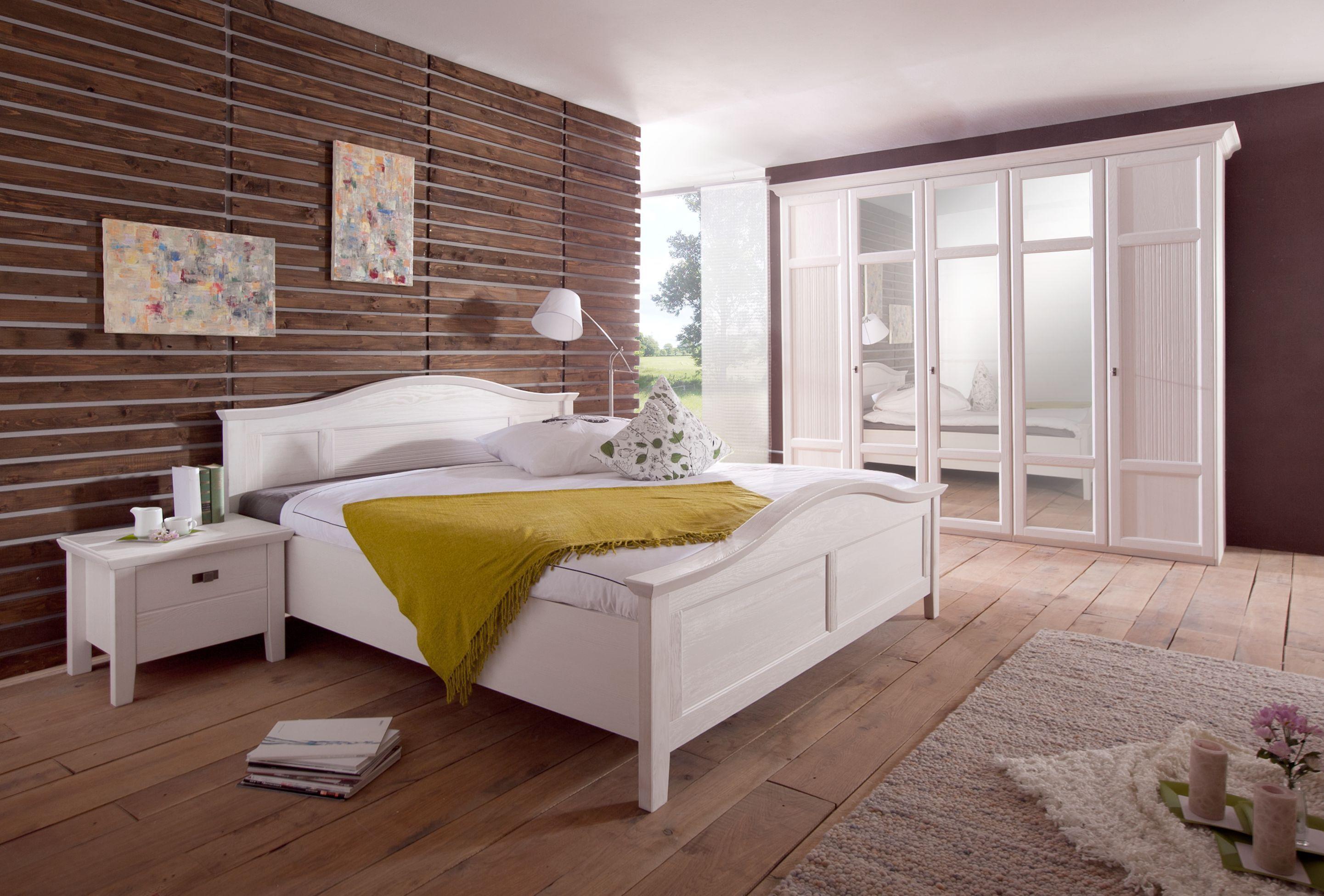 Schlafzimmer Mit Bett 180 X 200 Cm Pinie Teilmassiv Weiss