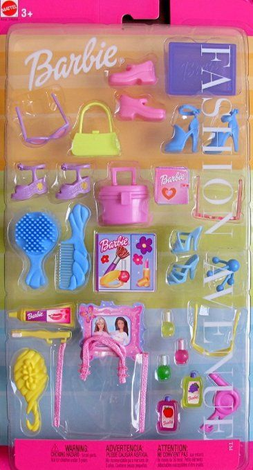 Amazon Com Barbie Fashion Avenue Accessories Grooming