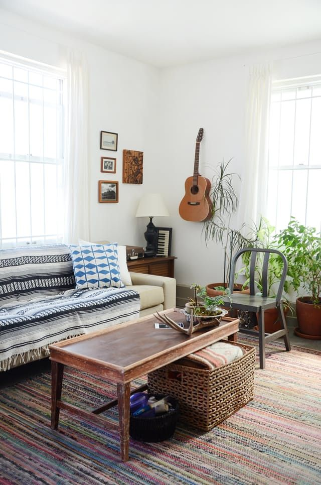 House Tour Hannah S Creative Oakland Studio Apartment Therapy