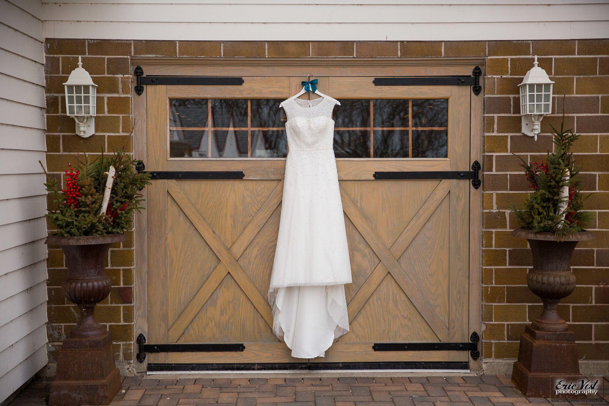 Wedding dress shot 📸Erik Vest Photography Outdoor event