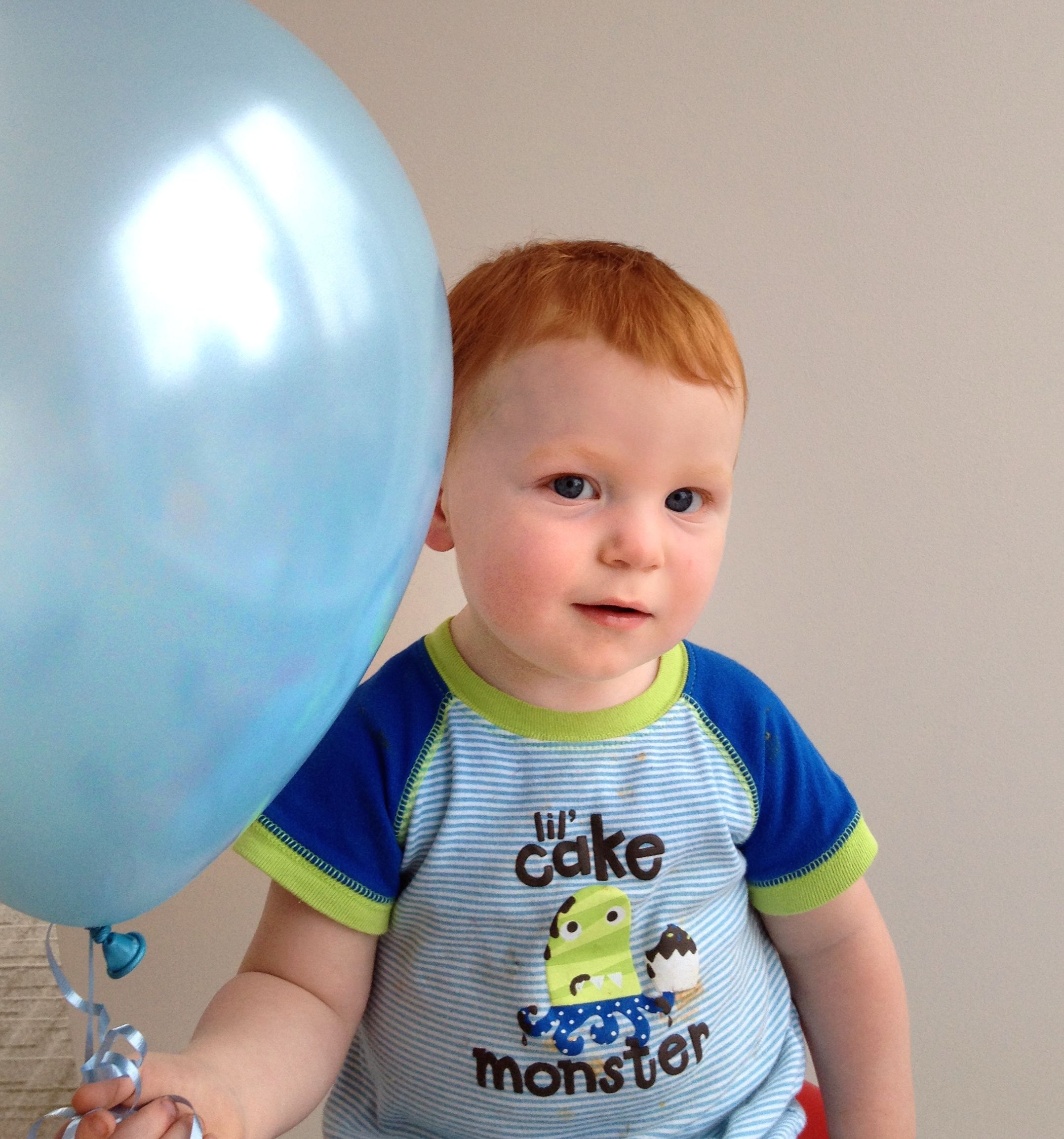 Baby 2 Announcement Idea Older Kid With Colored Balloon