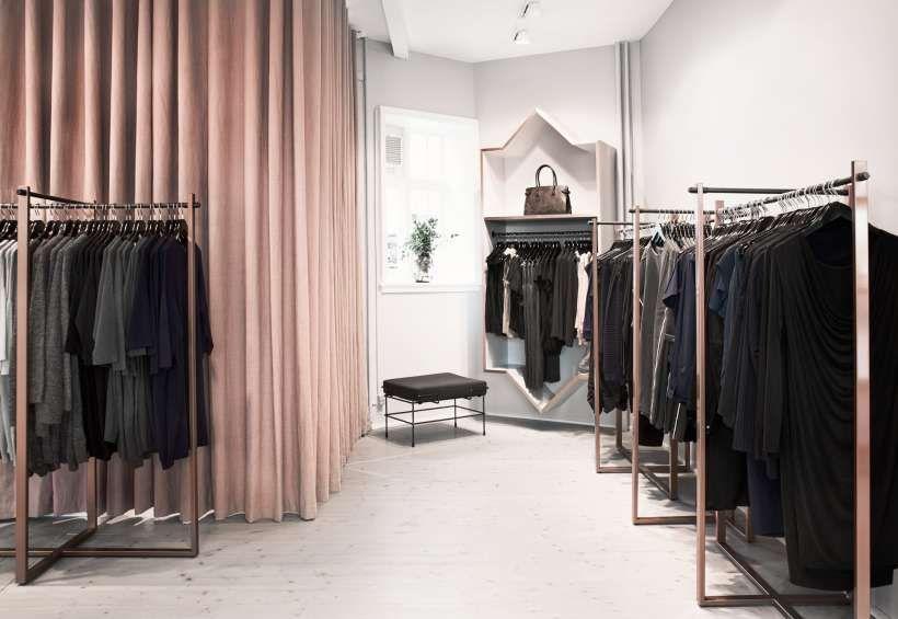 ANN_L_06jpg Retail display Pinterest Boutique decor, Ann and