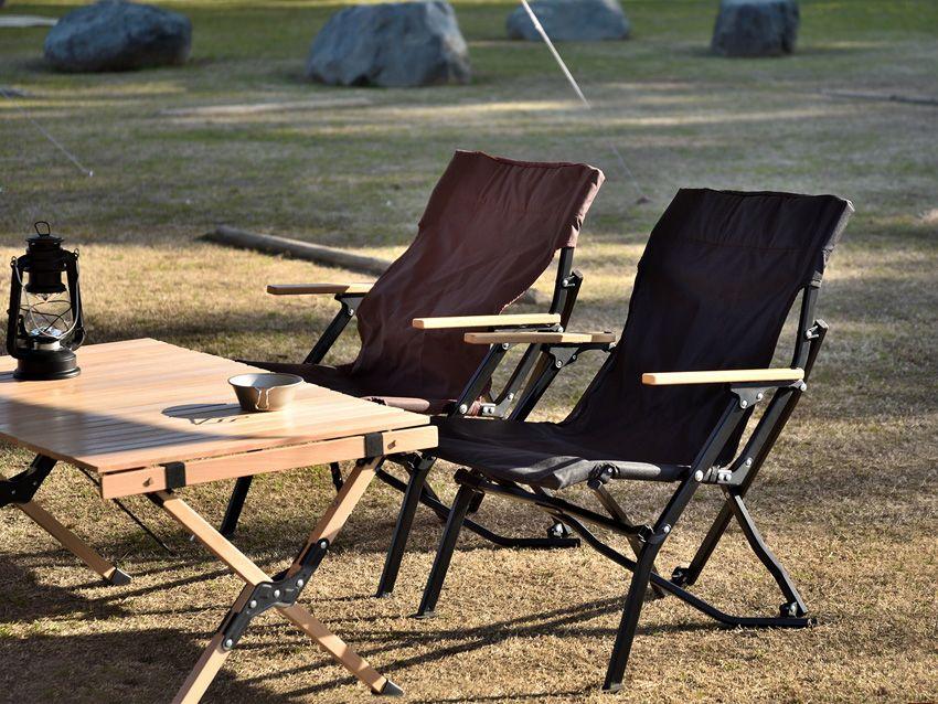 Fieldoorからウッド製アームレストのロースタイルチェアが登場 チェア ローチェア キャンプ キャンプ ベンチ